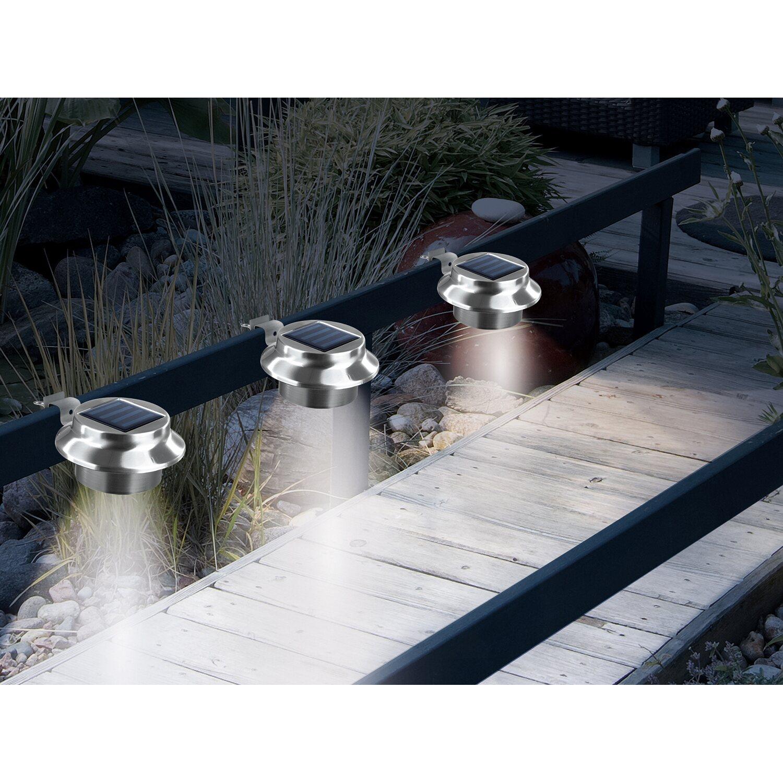 lichterkette fr den balkon mit solarzellen ideen zur wohlfhloase. Black Bedroom Furniture Sets. Home Design Ideas