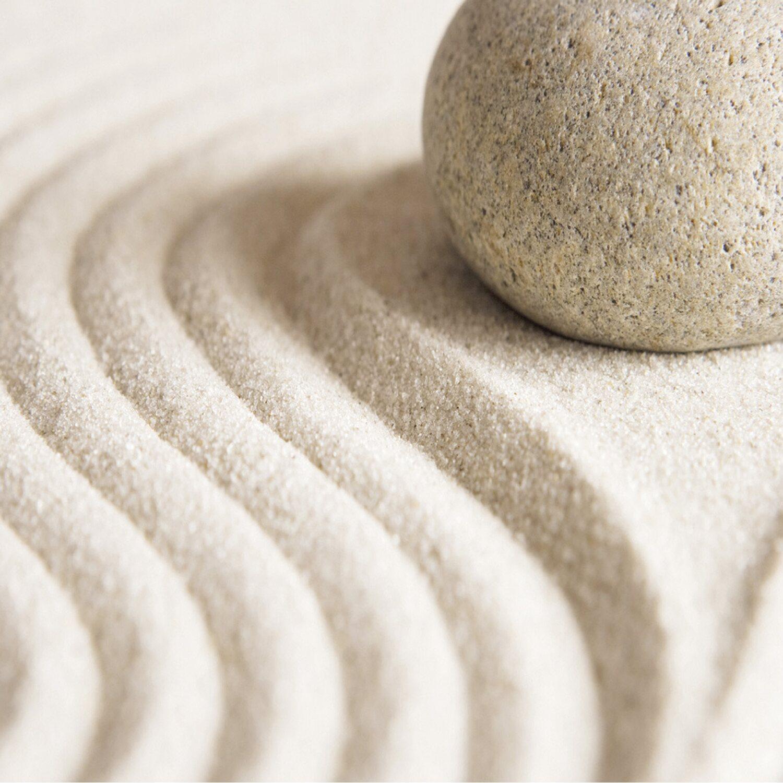 eurographics deco glass zen stone in wavy lines 20 cm x 20. Black Bedroom Furniture Sets. Home Design Ideas
